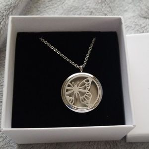 Anavia Jewelry - ESSENTIAL OIL DEFUSER NECKLACE